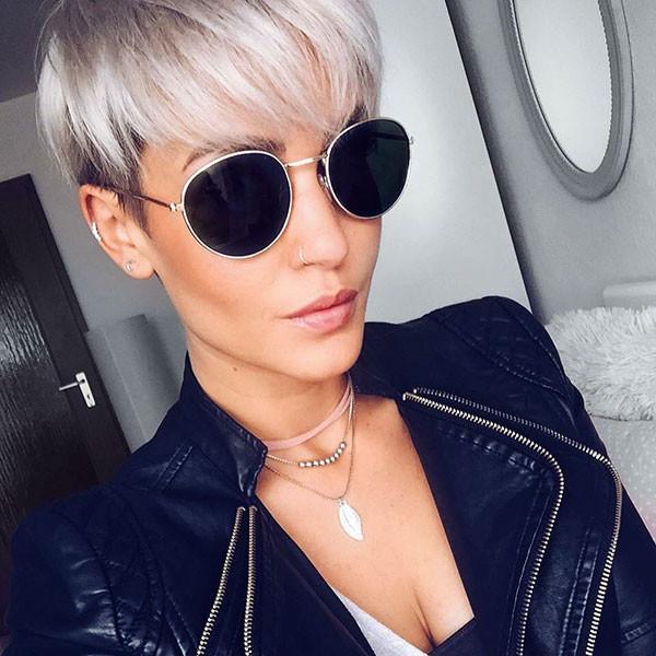 Short-Hair-Sunglasses Short Straight Hairstyles 2019