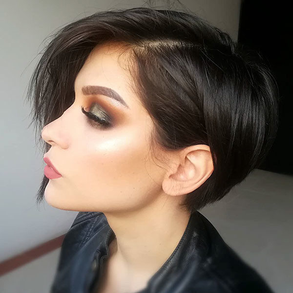 Short-Hair-with-Side-Bangs Short Straight Hairstyles 2019