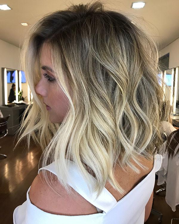 Short-Wavy-Blonde-Hair Popular Short Wavy Hairstyles 2019