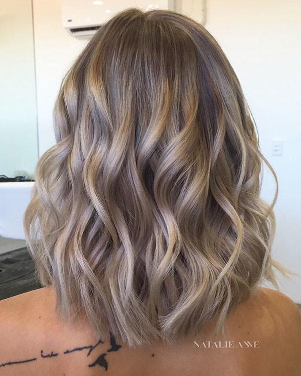Short-Wavy-Hairstyle Popular Short Wavy Hairstyles 2019