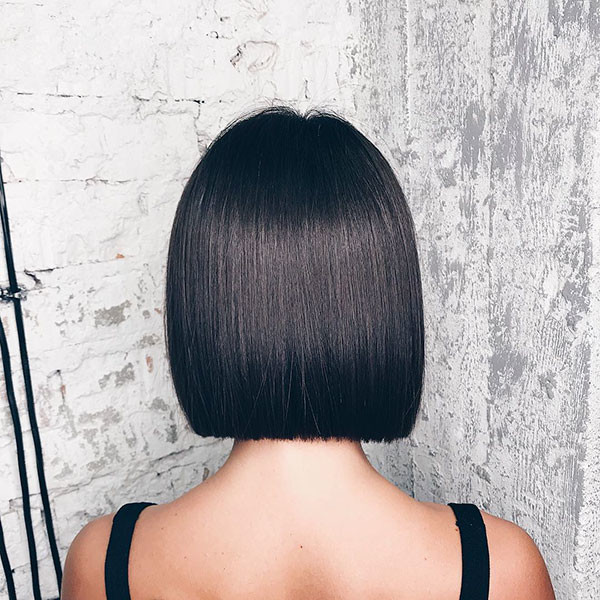 Sleek-Straight-Short-Hair Short Straight Hairstyles 2019