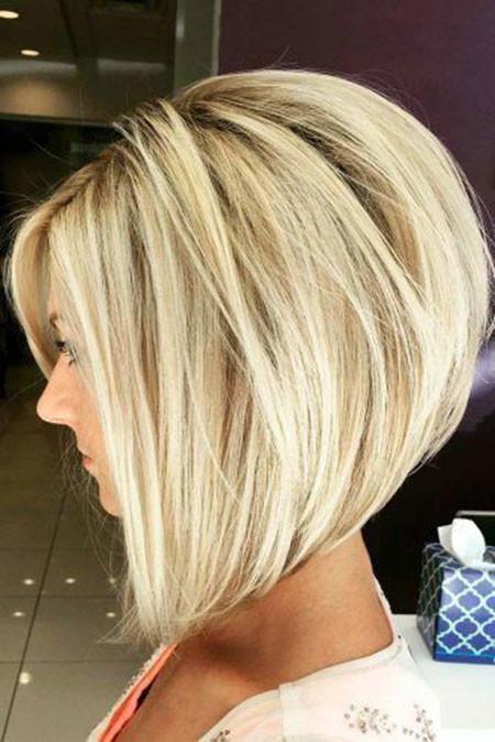 Stacked-Bob-Haircut Popular Short Haircuts 2018 – 2019