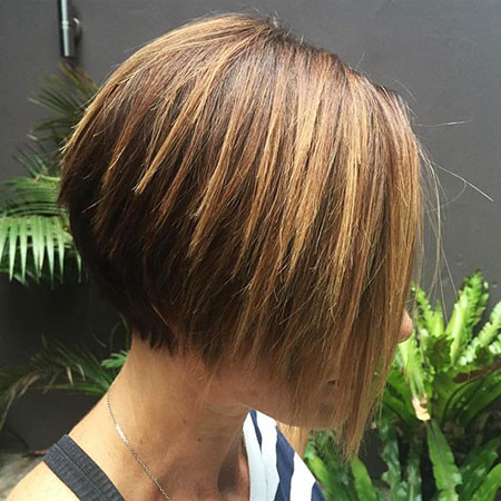 Straight-A-Line-Bob Short Bob Haircuts 2019