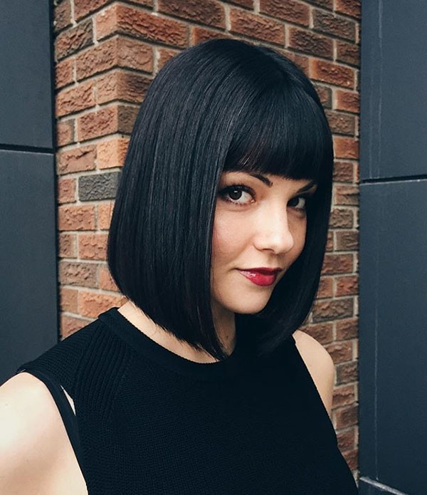 Straight-Hair-with-Bangs Short Straight Hairstyles 2019