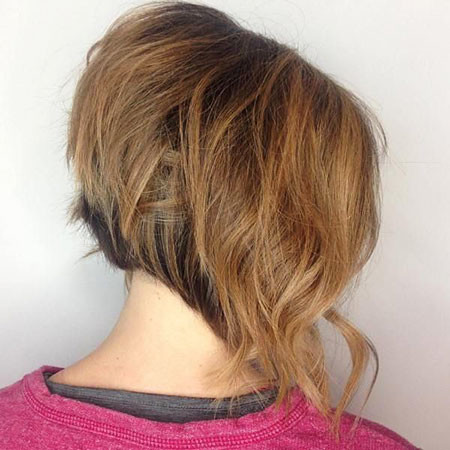 Wavy-Bob-Hairstyle-1 Short Inverted Bob Hairstyles