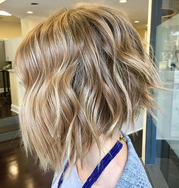 14-short-wavy-hairstyles Best Short Wavy Hair Ideas in 2019