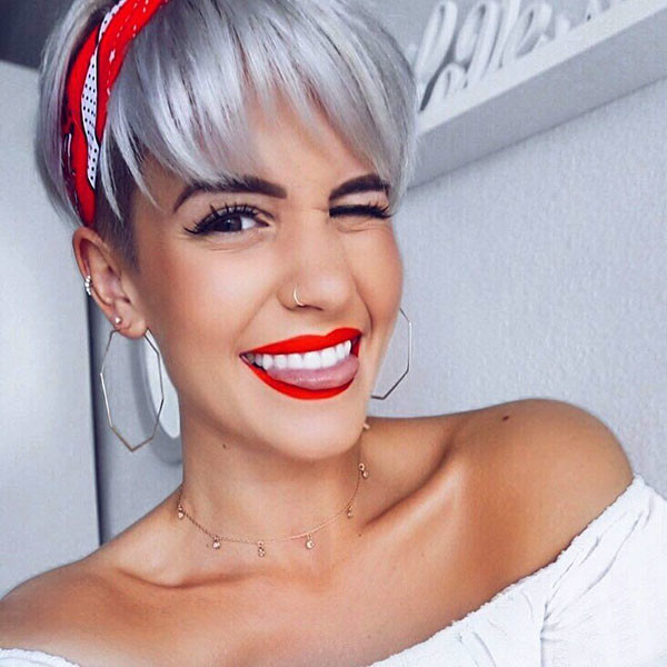 57-pixie-cut-with-bangs New Pixie Haircut Ideas in 2019