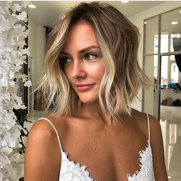 Balayage-Style Popular Short Hairstyles for Fine Hair