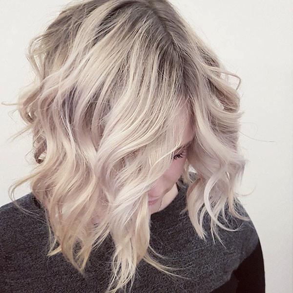 Beach-Waves Best Short Wavy Hair Ideas in 2019