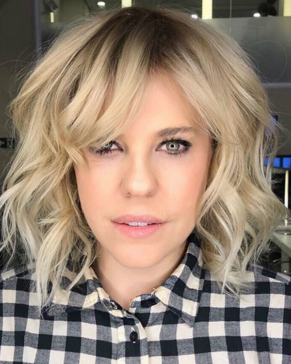 Bob-with-Side-Bangs New Short Blonde Hairstyles