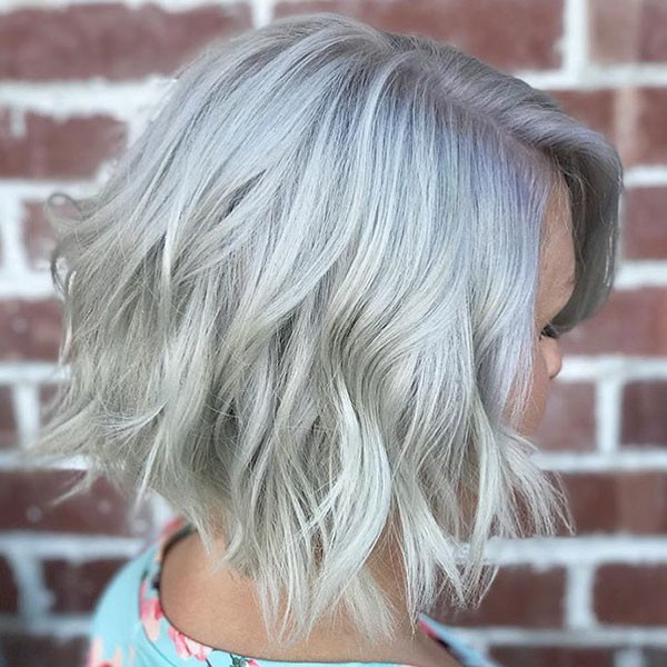 Choppy-Blonde-Bob New Best Short Haircuts for Women
