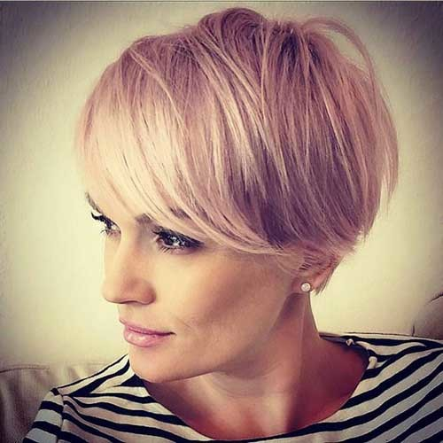 Fine-Blonde-Hair Pixie Bob Haircuts for Neat Look