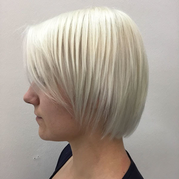 Layered-Casual-Bob Popular Short Hairstyles for Fine Hair