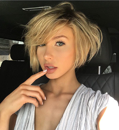 Layered-Hair-Bangs Best New Short Hair with Side Swept Bangs