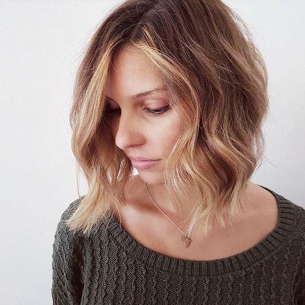 Loose-Waves Best Short Wavy Hair Ideas in 2019