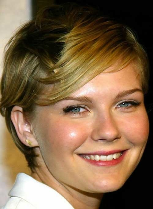 Round-Face-Straight-Hairstyle-Fine-Pixie-Hair Short Straight Hairstyles for Fine Hair