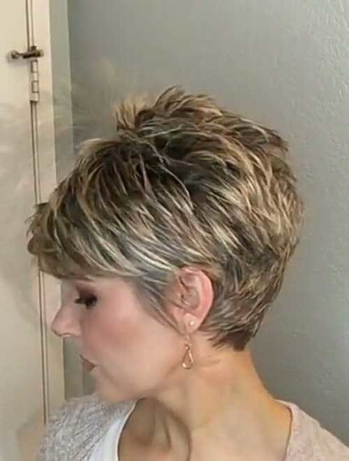 Sassy-Haircut Chic Short Haircuts for Women Over 50