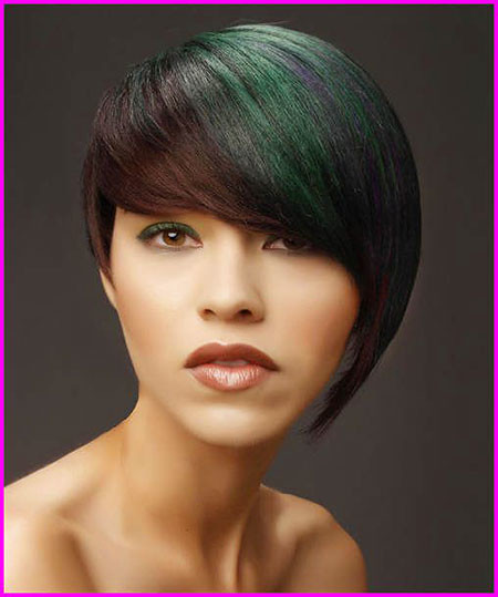 Short-Haircut-for-Round-Faces Short Haircuts for Women with Round Faces