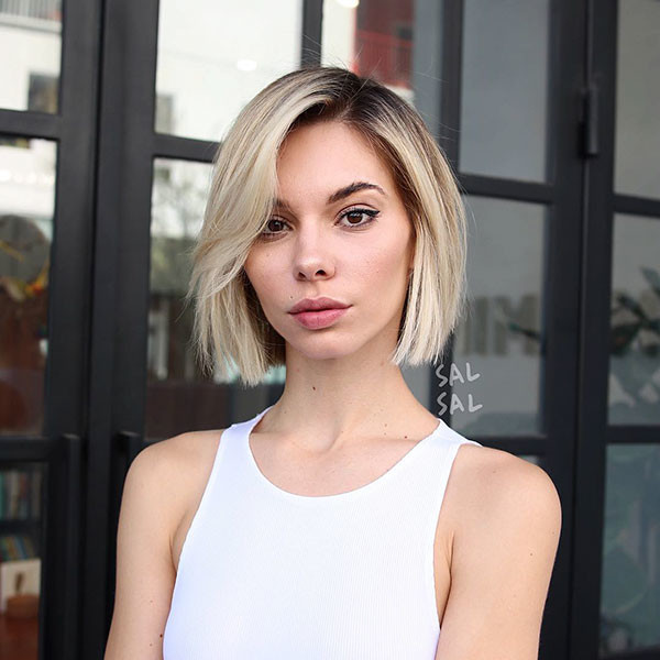 Side-Parted-Blonde-Bob New Short Blonde Hairstyles