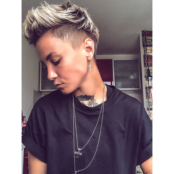 Undercut-Pixie-Hairstyle New Pixie Haircut Ideas in 2019