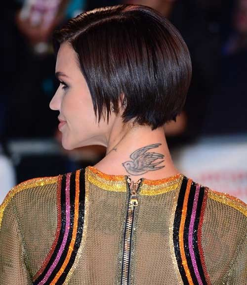Very-Short-Hair Pixie Bob Haircuts for Neat Look