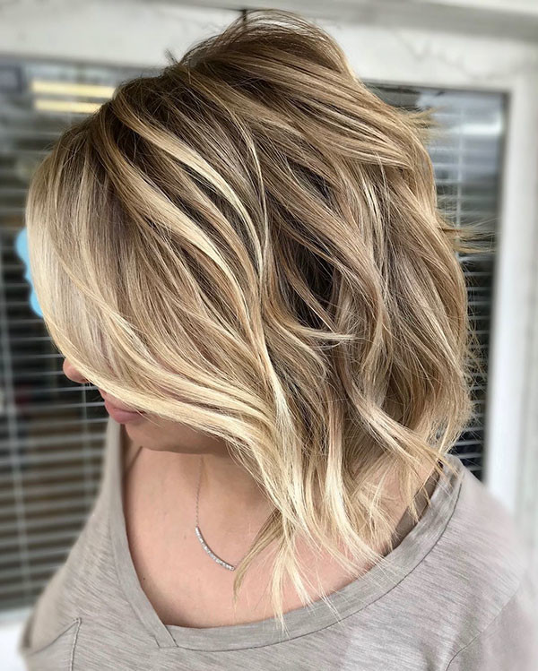 Wavy-Hair New Best Short Haircuts for Women