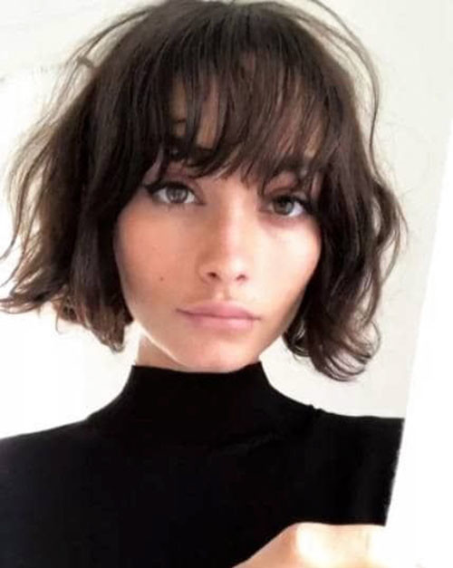 18-short-curly-layered-haircuts-with-bangs Best Short Layered Bob With Bangs