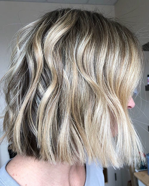 19-dirty-blonde-bob Famous Blonde Bob Hair Ideas in 2019
