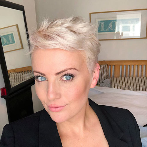 19-pixie-haircuts-for-women-over-40 Best New Pixie Haircuts for Women