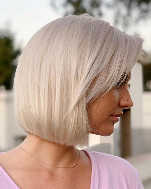 23-platinum-blonde-bob Famous Blonde Bob Hair Ideas in 2019
