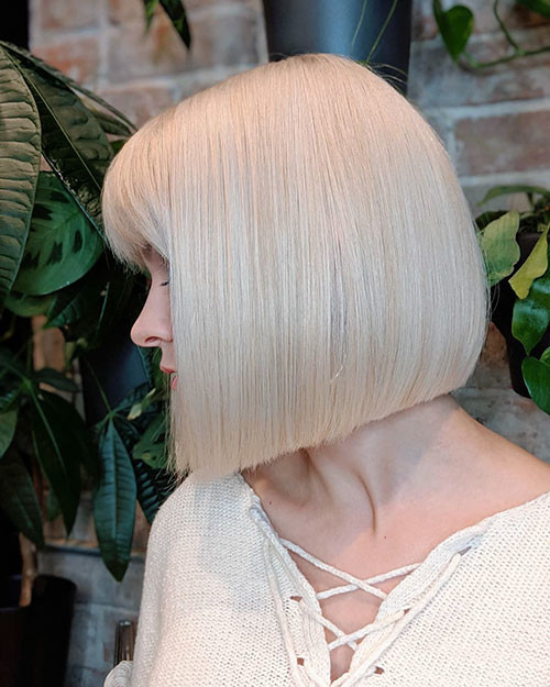 34-platinum-blonde-bob Famous Blonde Bob Hair Ideas in 2019