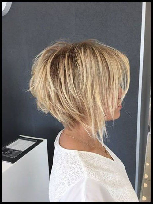 49-short-layered-bob-hairstyles-with-bangs Best Short Layered Bob With Bangs