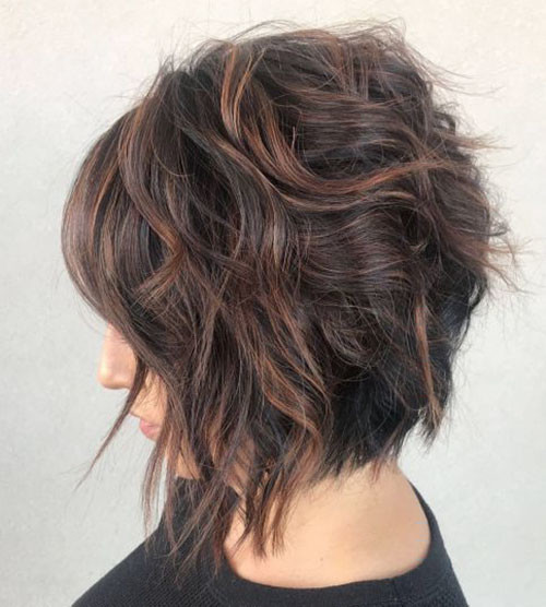 52-short-curly-layered-haircuts-with-bangs Best Short Layered Bob With Bangs