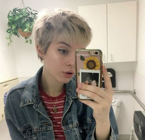 Blonde-Pixie Latest Short Haircuts for Women 2019