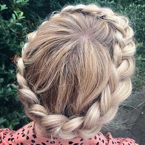 Classic-Crown-Braid Beautiful Crown Braid Hairstyles