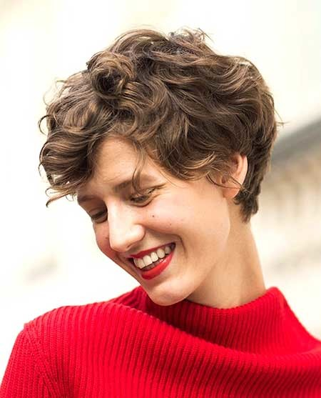 Cute-Boyish-Curly-Hairstyle-for-Girls Short Styles for Curly Hair