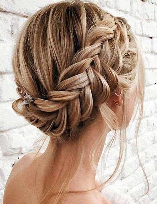 Fishtail-Milkmaid-Braid Beautiful Crown Braid Hairstyles