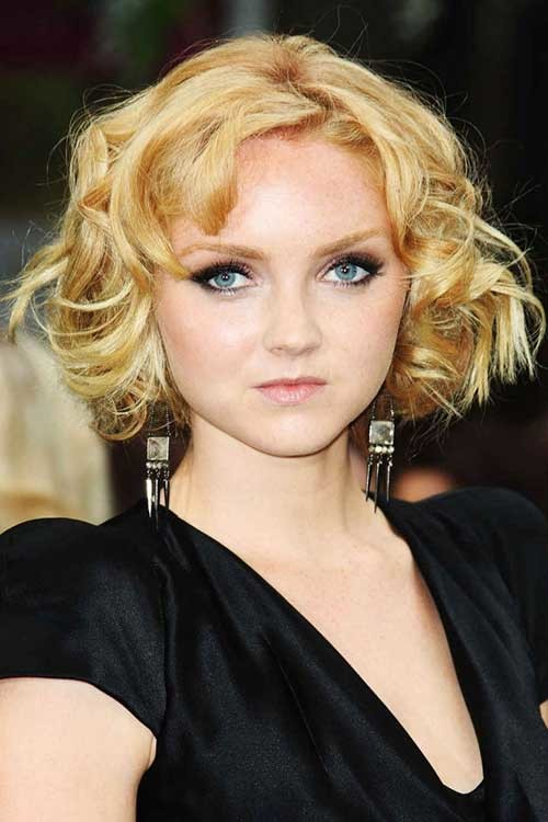 Lily-Cole-Curly-Bob-Hair-Round-Faces Bob Cuts for Round Faces