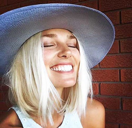 Messy-Hairstyle Popular Short Blonde Hair 2019