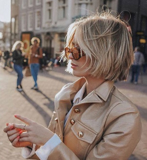 Modern-Blonde-Bob-Hair Latest Short Haircuts for Women 2019