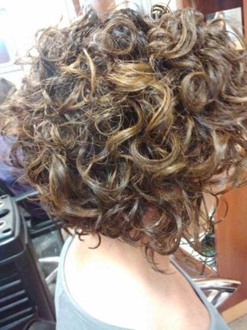 Short-Dark-Blonde-Naturally-Thick-Curly-Hair Good Short Natural Curly Haircuts