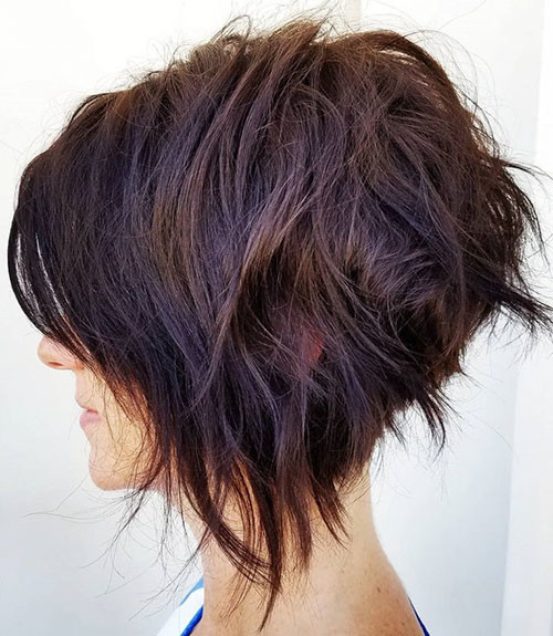 Short-Layered-Bob-Haircut Best Short Layered Bob With Bangs