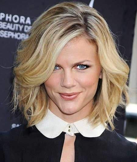 Short-Sexy-Side-Apart-Hairstyle Beautiful Short Celebrity Hairstyles