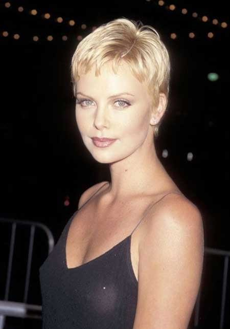Short-Side-Parted-Pixie-Haircut Short Pixie Cuts for Women