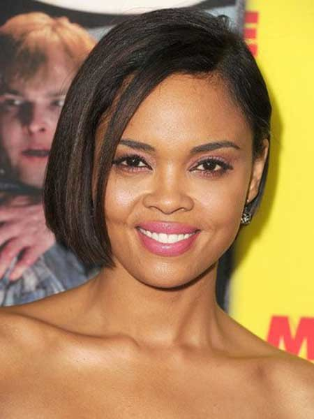 The-Charming-and-Attractive-Asymmetric-Bob-Haircut Nice Short Hairstyles for Black Women