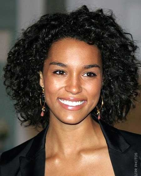 The-Dreadlock-Hairstyle-for-Girls-with-Curly-Hair Short Styles for Curly Hair