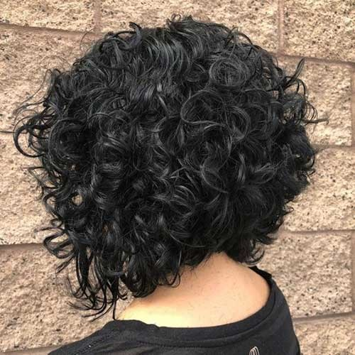 Thick-Bob-Style Cute Curly Short Hairstyles for Ladies