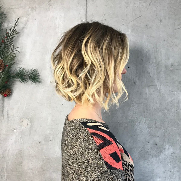 12-short-haircuts-for-thick-wavy-hair New Short Wavy Hair Ideas in 2019