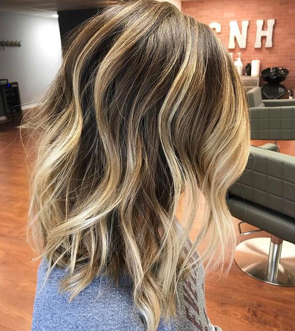 27-short-haircuts-for-wavy-hair New Short Wavy Hair Ideas in 2019