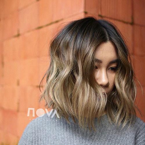 50-wavy-bob Latest Bob Haircut Ideas for 2019